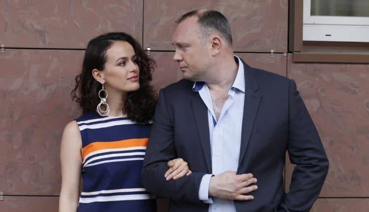 """Сериал """"Свадьбы и разводы"""" содержание серий"""